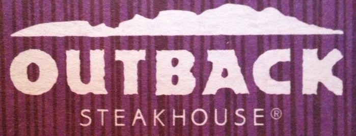 Outback Steakhouse is one of Lieux qui ont plu à Kai.