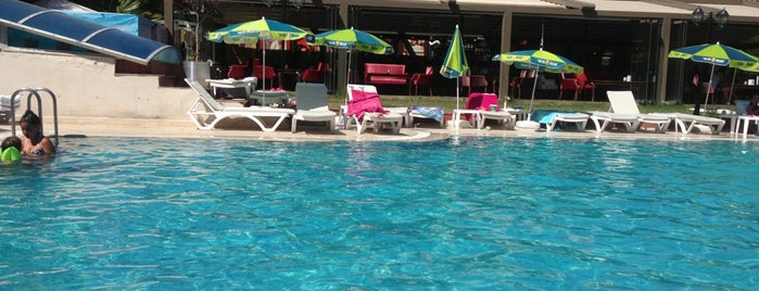 Beymarmara Suite Hotel is one of cizmecikedi : понравившиеся места.