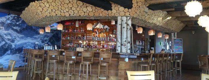 Embers Ski Lodge is one of Lieux qui ont plu à Amy.