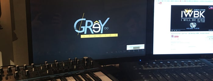 Grey Studios is one of Orte, die Vangelis gefallen.