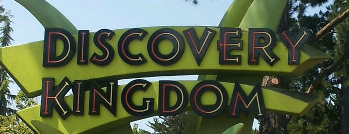 Six Flags Discovery Kingdom is one of Techie 님이 좋아한 장소.