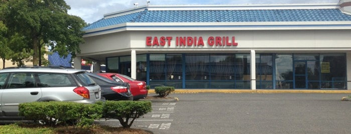 East India Grill is one of Lieux qui ont plu à Eva.