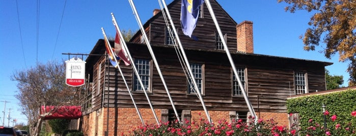 King's Tavern Natchez is one of Natchez.