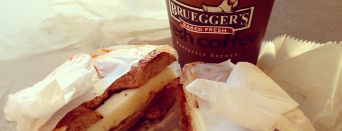 Bruegger's is one of Lieux qui ont plu à Al.