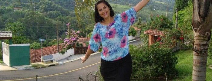 Cond Villa Verde is one of Orte, die Airanzinha gefallen.