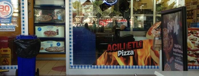 Domino's Pizza is one of Lieux qui ont plu à Gökhan.