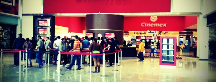 Cinemex is one of Lugares favoritos de Adrian.