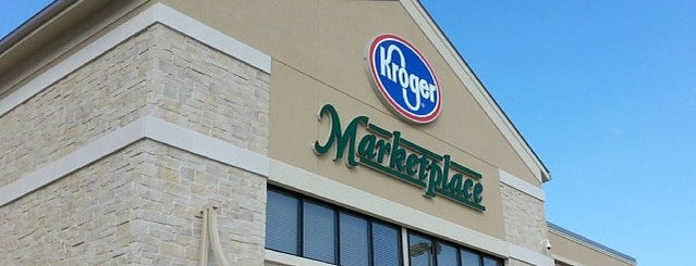 Kroger Marketplace is one of Locais curtidos por Rita.