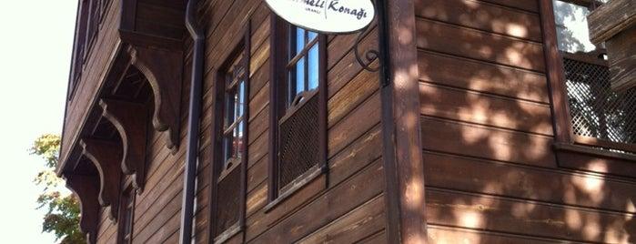 Hanımeli Konağı is one of Orte, die Burcu gefallen.