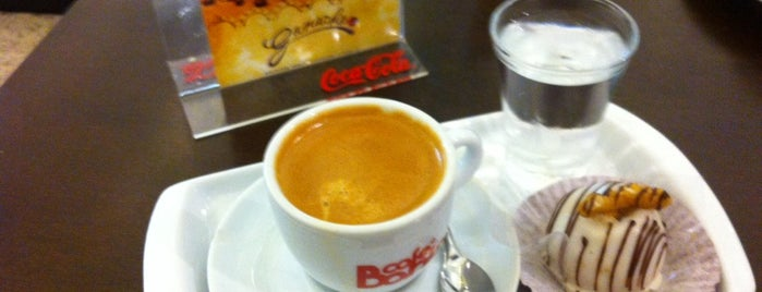Ganache Café is one of Locais salvos de Richard L.