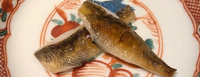 Sushi Masuda is one of Lugares favoritos de Jonathan.