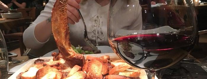 Nusr-Et Steakhouse is one of Lieux qui ont plu à Hasan.