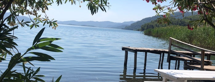 Akdeniz Camping is one of Kamp Alanları.