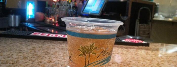Floridays Resort Pool Bar is one of Locais curtidos por Gary.