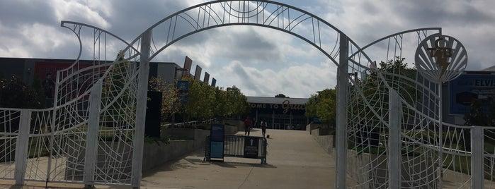 Gates of Graceland is one of Bryan'ın Beğendiği Mekanlar.