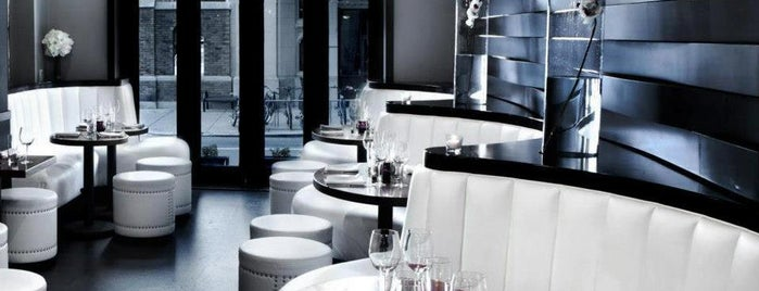 Valanni Restaurant is one of Favorite Bars.