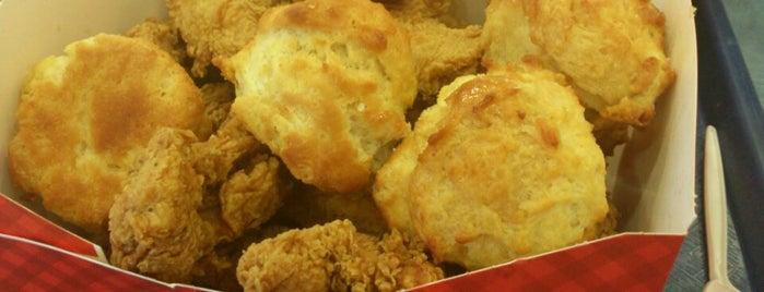 Church's Chicken is one of Locais curtidos por David.