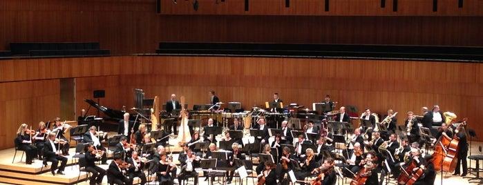 Holland Performing Arts Center is one of Lugares favoritos de Big Omaha Tickets.