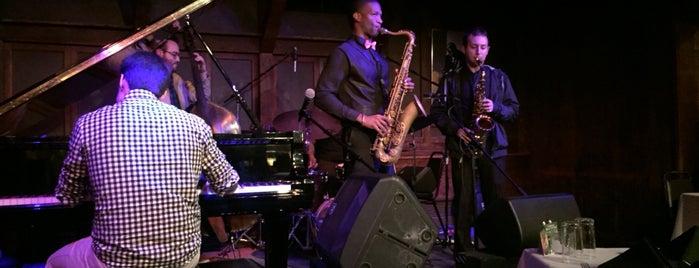 Chris' Jazz Cafe is one of Tiffany : понравившиеся места.