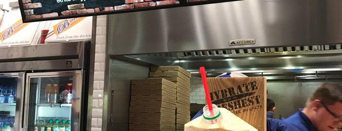Bonanno's New York Pizzaria is one of Lieux qui ont plu à Jackie.