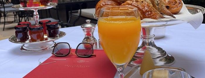 Restaurant Alain Ducasse is one of Paris.