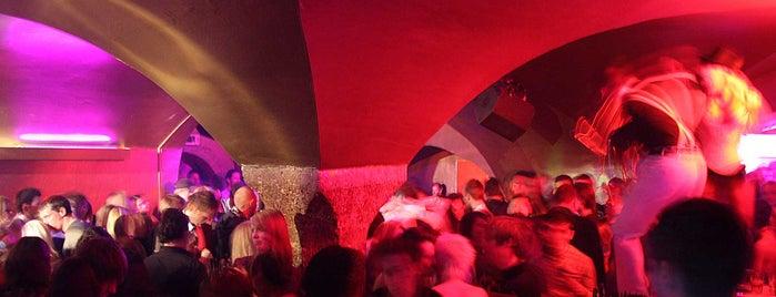 Half Moon is one of Austria Clubkultur.