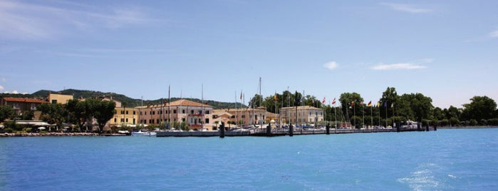 Bardolino is one of Località del Garda.