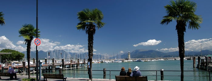 Desenzano del Garda is one of Località del Garda.