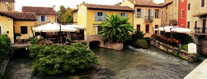 Borghetto is one of Luoghi del Garda.