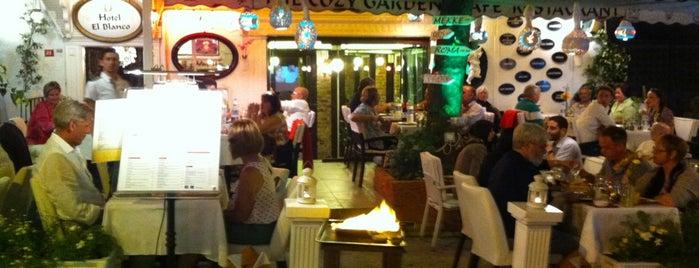 Cozy Garden Restaurant is one of Istanbul.