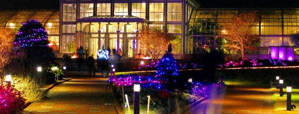 Lewis Ginter Botanical Garden is one of Posti che sono piaciuti a Richard.