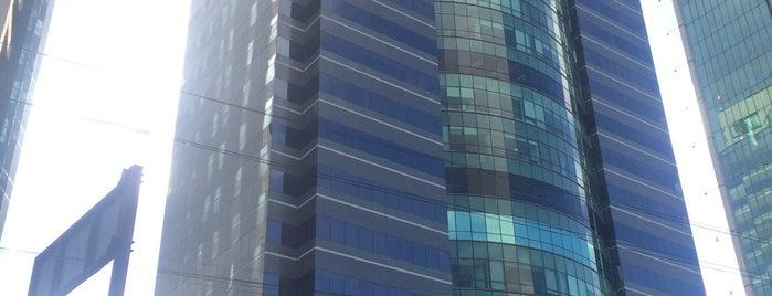 Edificio Reforma Plus is one of Locais curtidos por Katia.