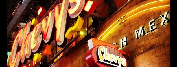 Chevys Fresh Mex is one of Tempat yang Disukai Sandra.