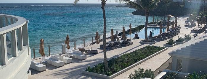 The Loren at Pink Beach is one of Orte, die Rich gefallen.