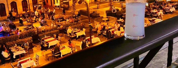 Bayazhan Restaurant is one of สถานที่ที่ 🎀Eylulserap ถูกใจ.