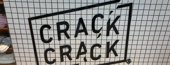 Crack Crack is one of Eri's 2018.