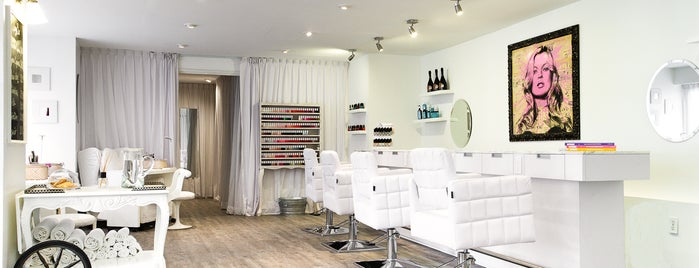 The White Room Nail & Dry Bar is one of MX.