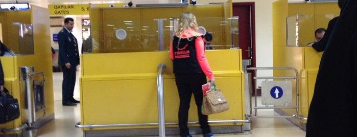 Passport Control is one of Posti che sono piaciuti a Dade.