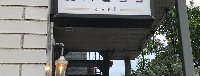 Noble Café is one of Locais salvos de Dat.
