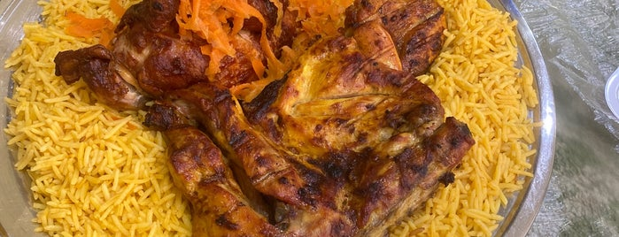 مطعم وادي الزمرد البخاري is one of Locais curtidos por Mohammed.
