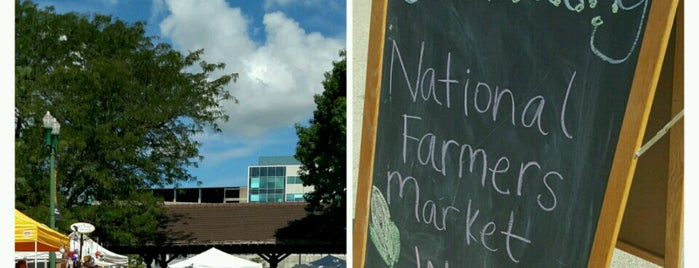 Peoria Riverfront Market is one of To Tip.