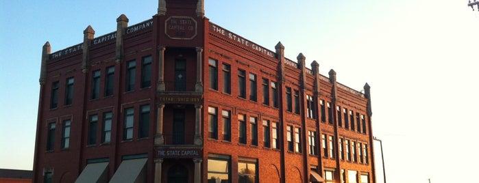 Historic Downtown Guthrie is one of Kristena'nın Beğendiği Mekanlar.
