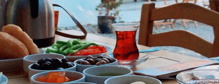 Lokmacı Serap Anne is one of Orte, die Gamze gefallen.
