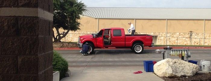 Arbor Car Wash is one of Orte, die Bill gefallen.