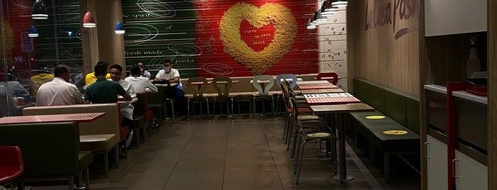 Casa Pasta is one of Locais curtidos por Abdullah.