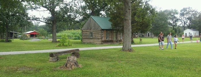 Auglaize Village & Farm Museum is one of Andrew : понравившиеся места.