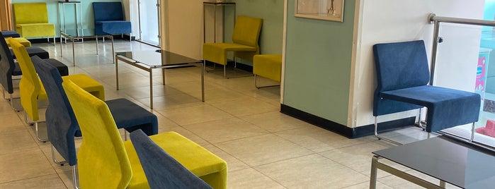 Clinic9 Medical Complex is one of Lugares favoritos de Amal.