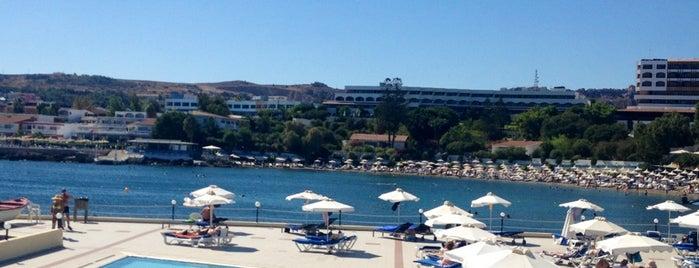 Eden Roc Hotel Rhodes is one of Orte, die Naci gefallen.