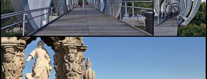 Pasarela histórica Parque de Arganzuela is one of Madrid Río: Puentes, pasarelas y presas.