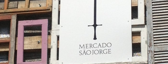 Mercado São Jorge is one of Mariana 님이 좋아한 장소.